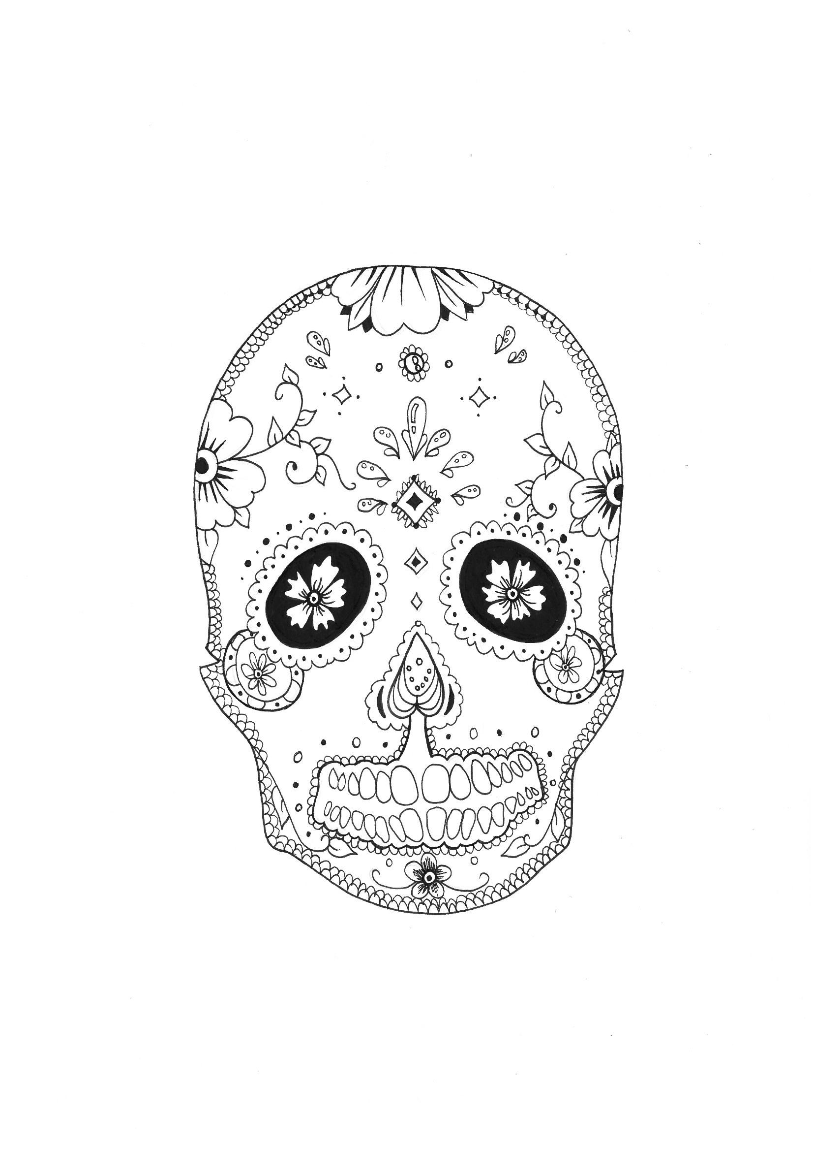 Un crâne avec des motifs floraux très relaxant.