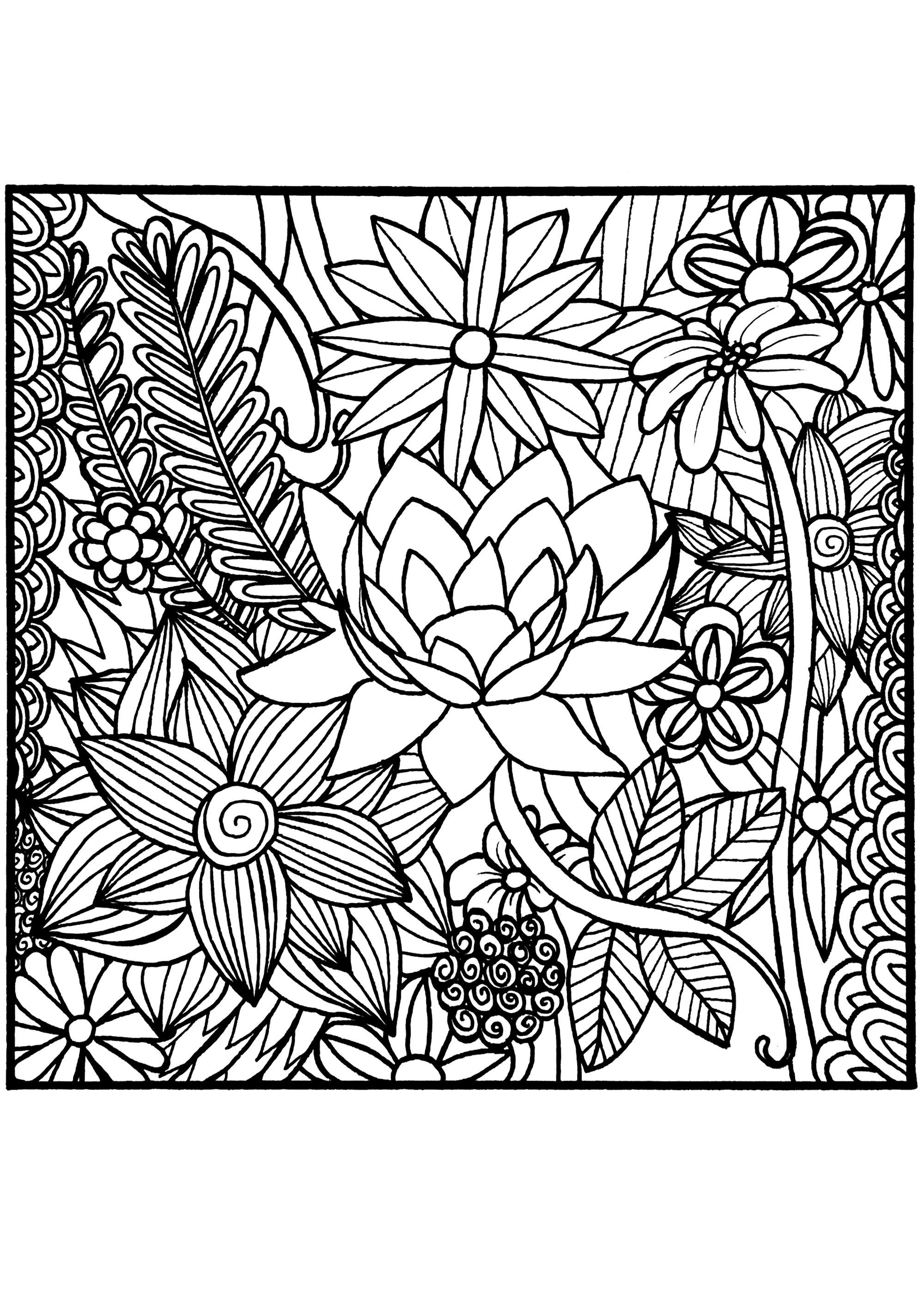 De magnifiques fleurs dessinées de manière très réaliste, intégrées à un carré.