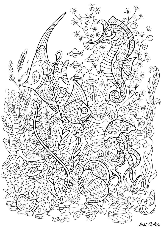 Paysage aquatique avec poissons, hippocampes, méduses et plantes aquatiques