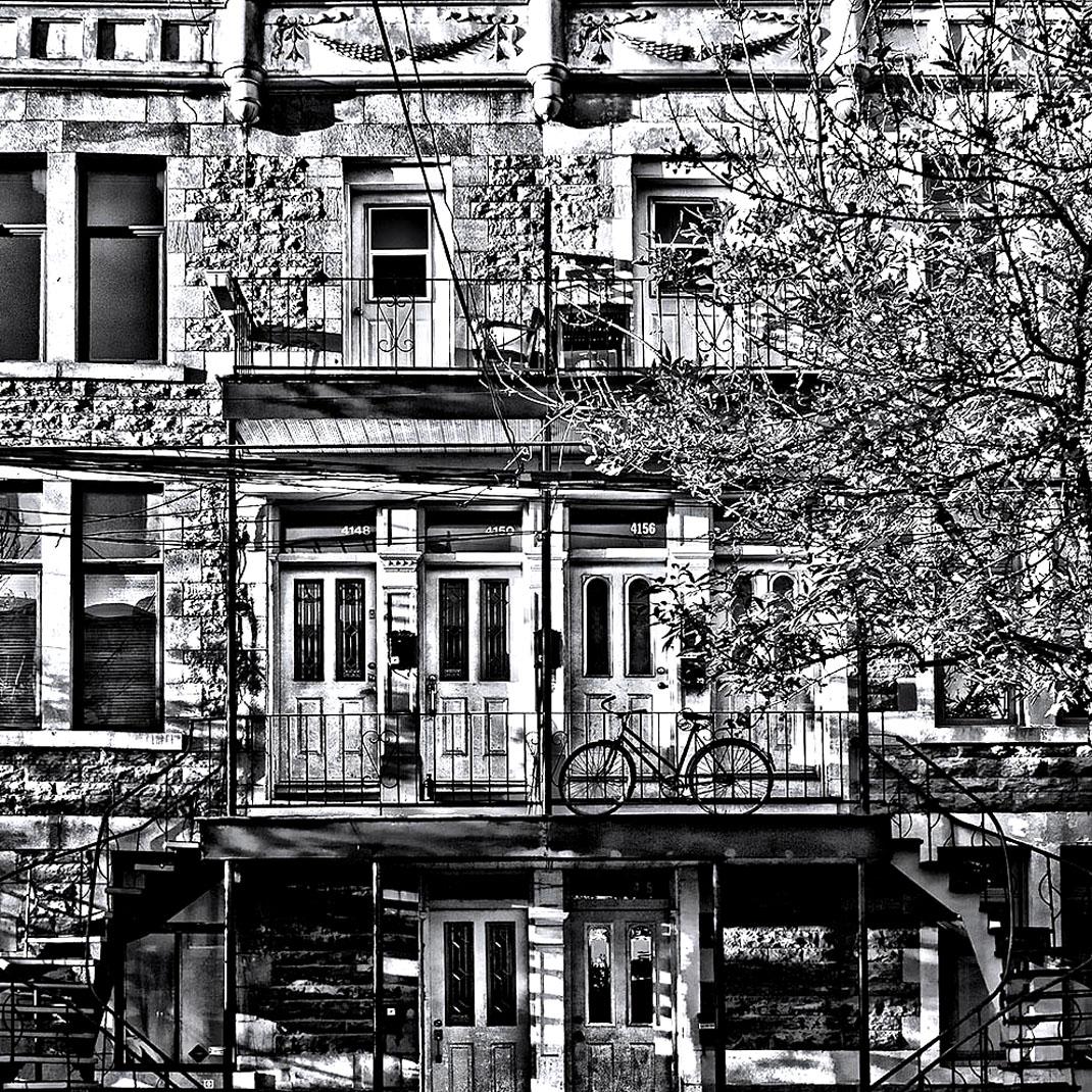 Une façade typique de New York : un joli coloriage pour adulte réalisé à partir d'une photographie