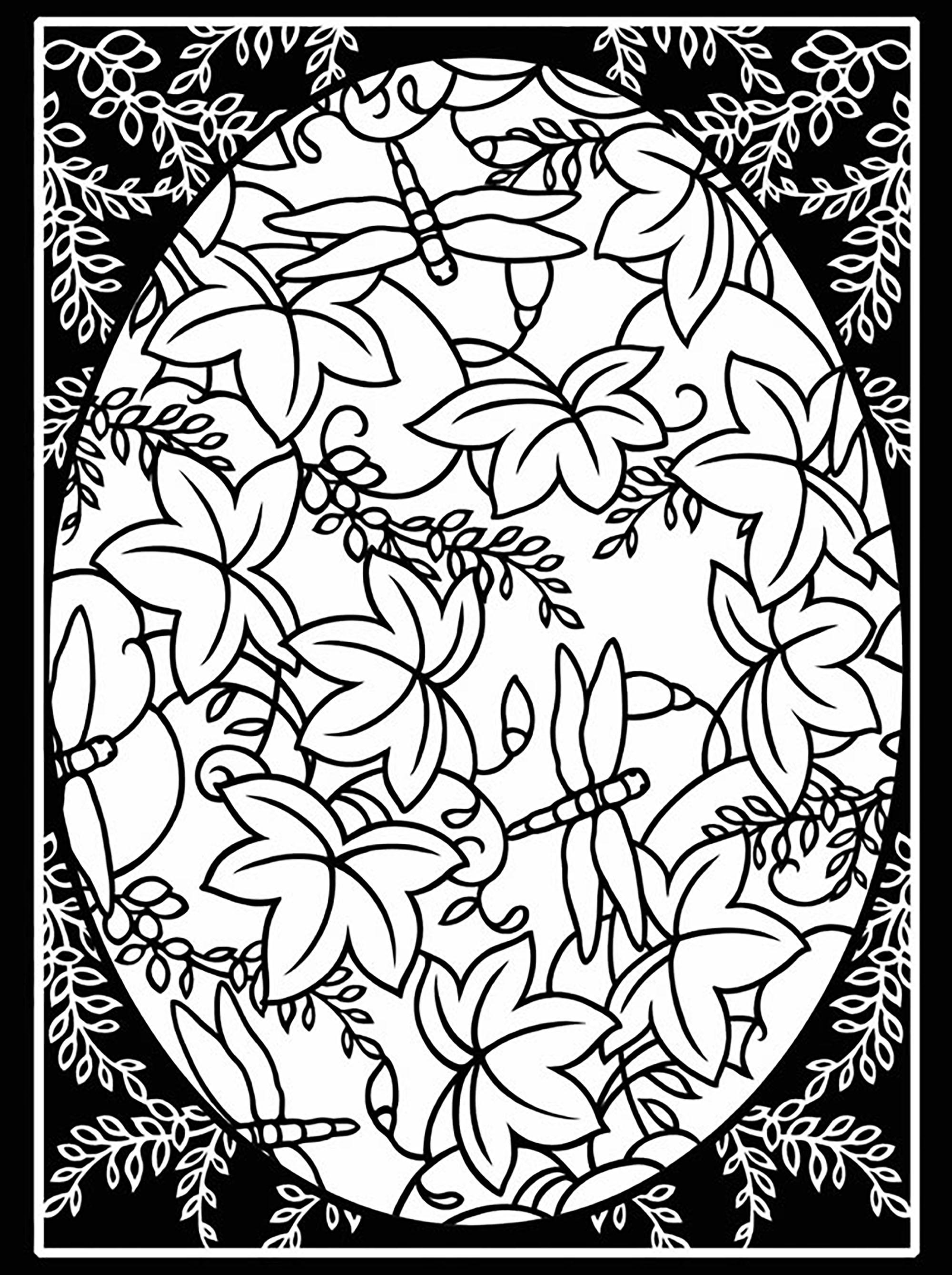 Oeuf de Pâques avec jolies feuilles