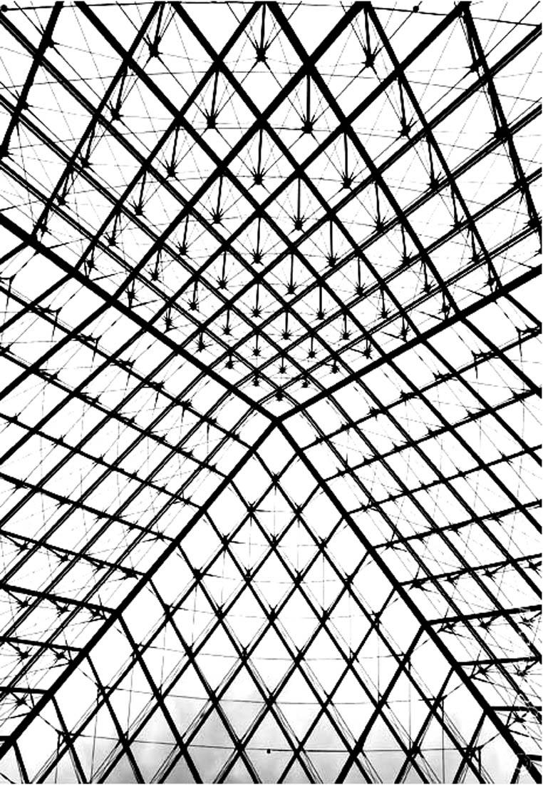 Mais que représentent cette image ? Il s'agit d'une photo prise de l'intérieur de la Pyramide du Louvre, dont le contraste a été accentué ! Bref, de quoi réaliser un coloriage sympa