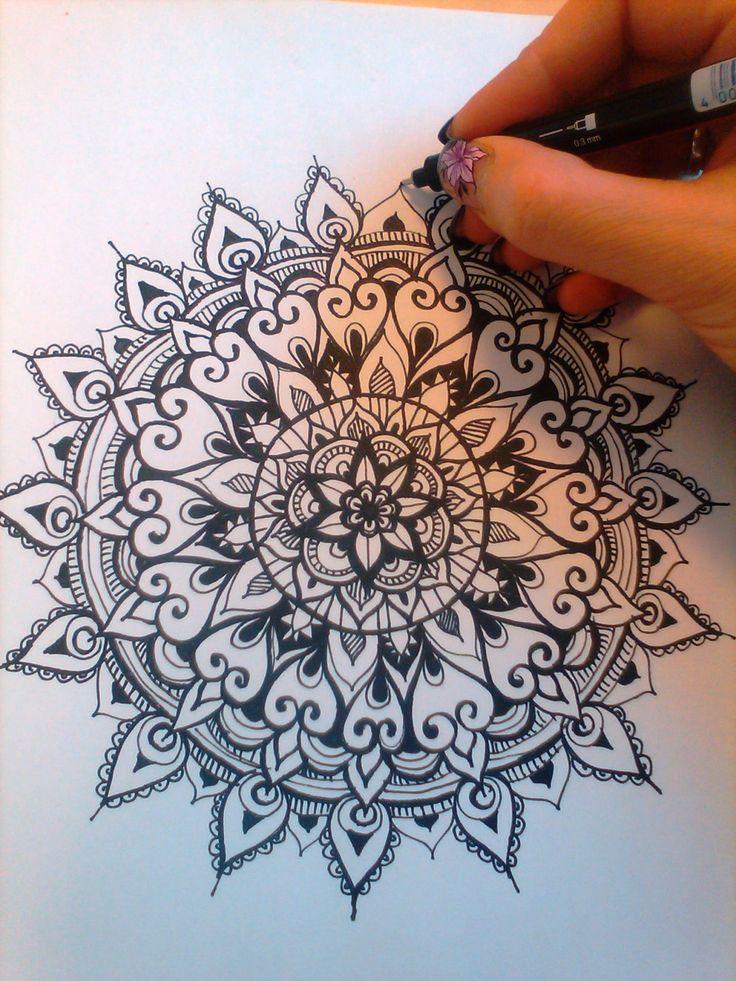 Person who creates a mandala