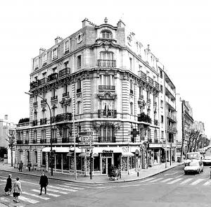 Haussmannian street corner in Paris