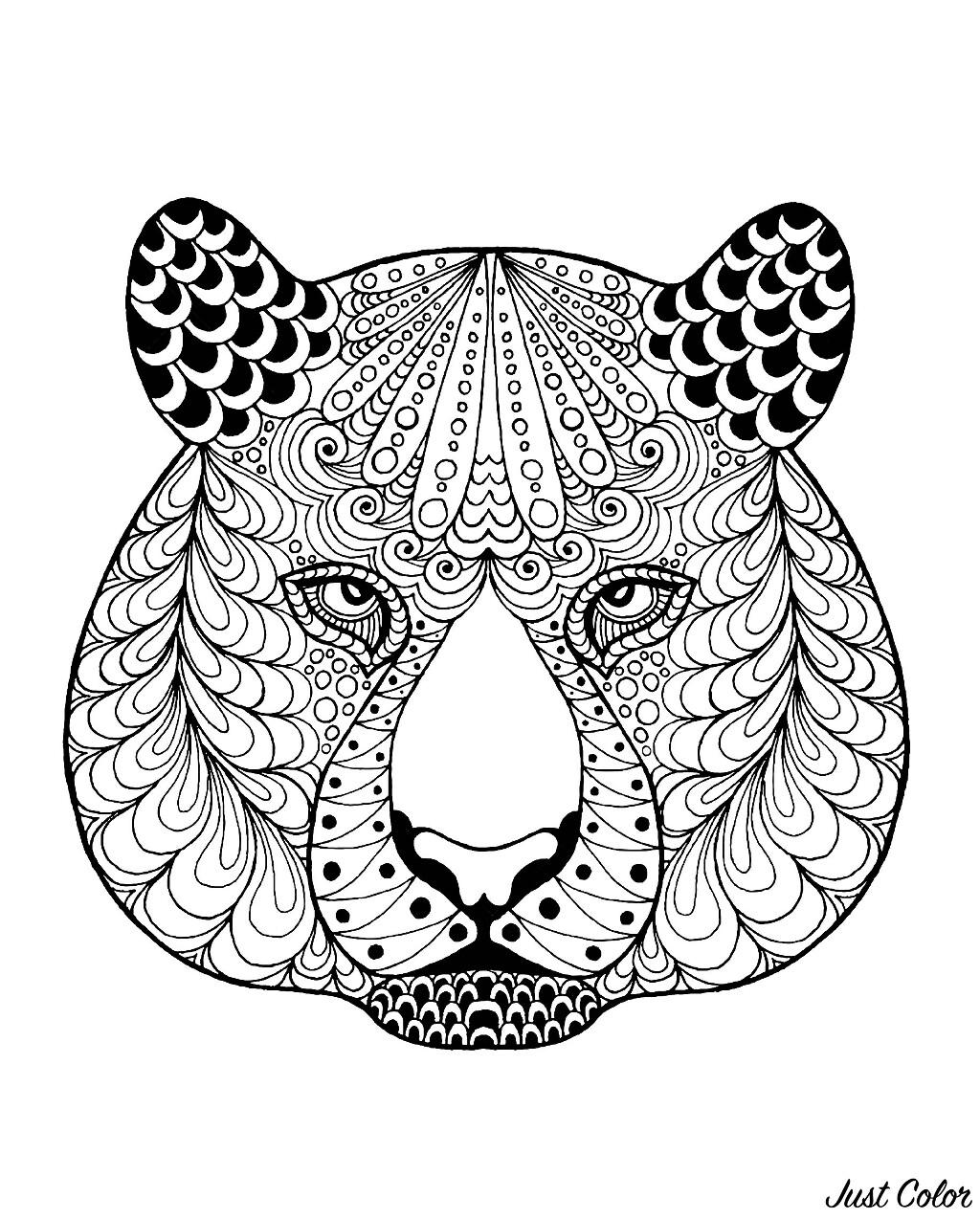 Tête de tigre avec motifs