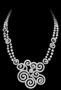 coloriage-adulte-collier-diamants-3
